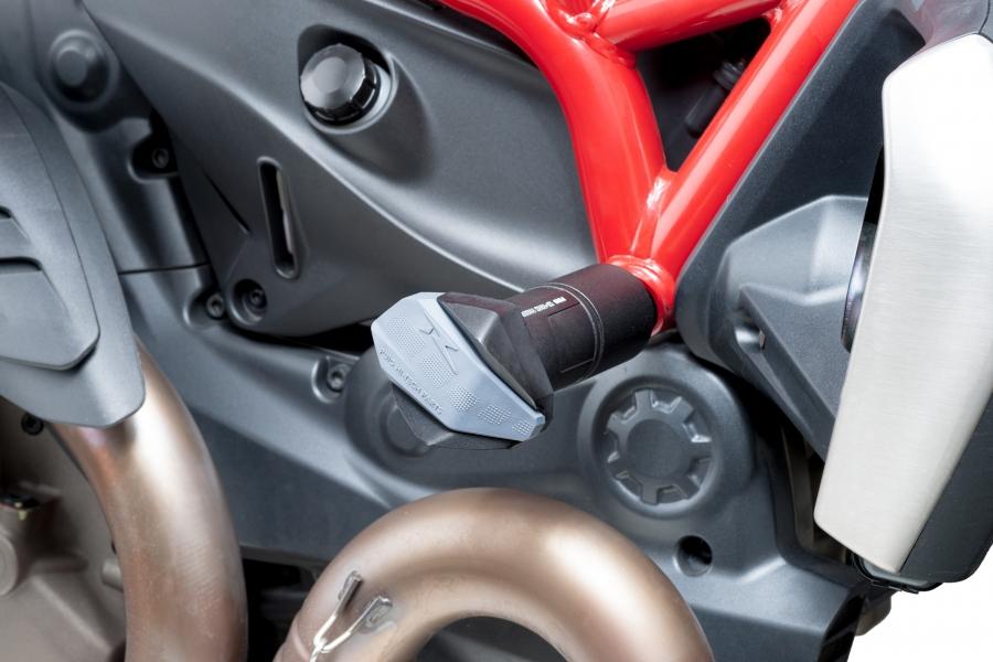 Protector de motor R12 Puig 7062 para moto DUCATI MONSTER 821 2014> / MONSTER 1200/S 2014>