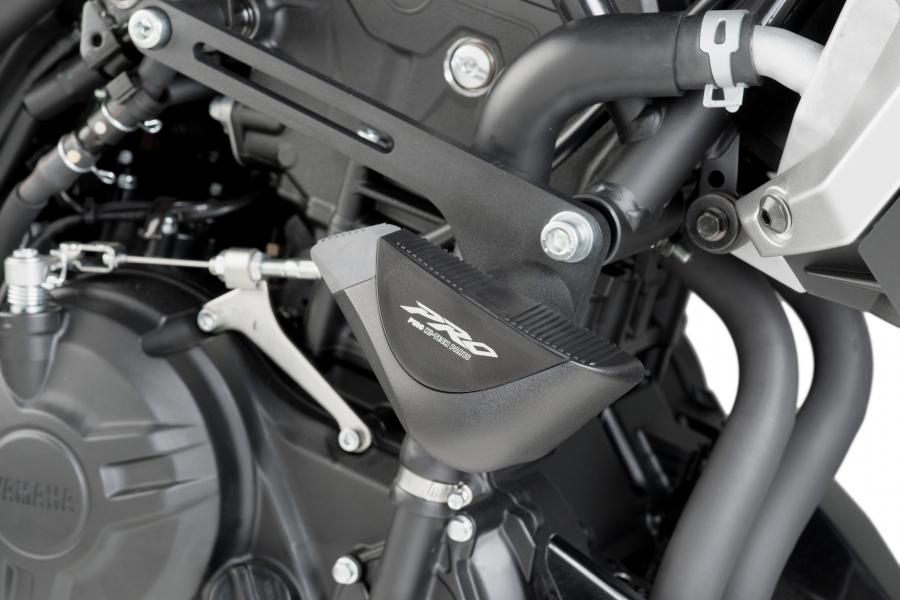 Puig 7056N Protector Motor Color Negro