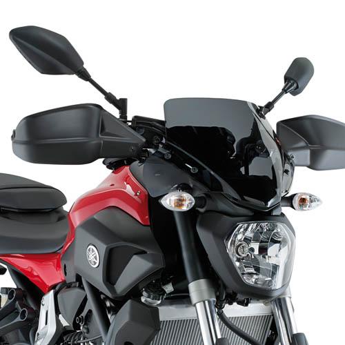 Cúpula Givi A2118 color negra para Yamaha MT-07 14-17