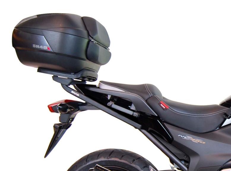 soporte de maleta trasera shad h0nt73st para moto honda. Black Bedroom Furniture Sets. Home Design Ideas