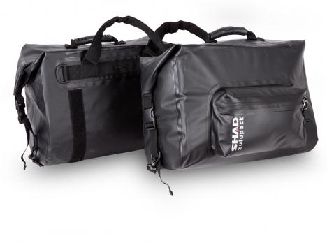 Alforjas laterales impermeables Shad waterproof SW42 con capacidad de 18 Lts.